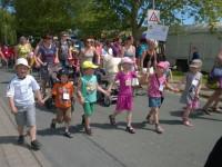 Schützenfest Bakede – Schul- und Kindergartenkinder treffen sich
