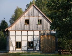 Dorfhaus-Dielenseite